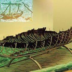 הסירה העתיקה